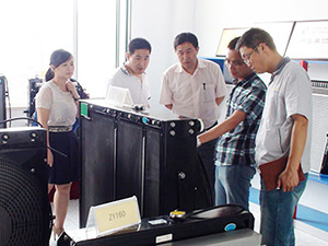The Audit team of Linde (China)ForkliftCo.,Ltd visit our company